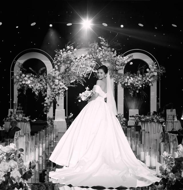 Nhiều sao Việt chọn đám cưới bí mật trong năm 2020 - Ảnh 17.