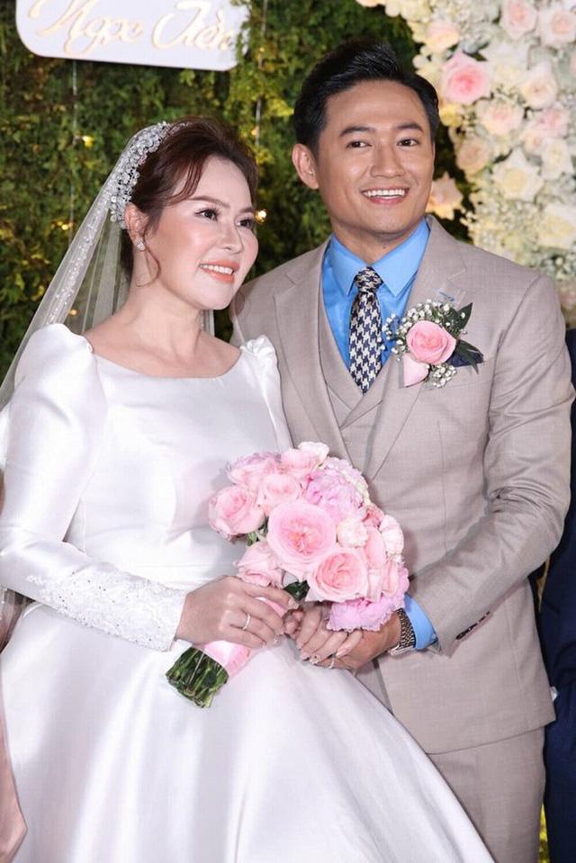 Nhiều sao Việt chọn đám cưới bí mật trong năm 2020 - Ảnh 10.