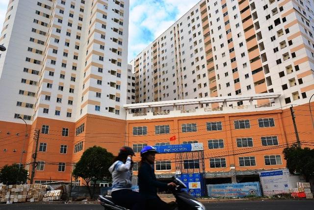 Thị trường bất động sản 2020: Bức tranh sáng tối đan xen - Ảnh 2.