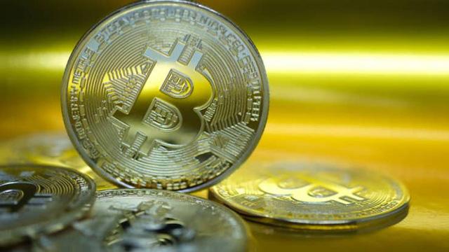 Hơn 950 triệu đồng/Bitcoin, bong bóng này sắp nổ? - Ảnh 1.