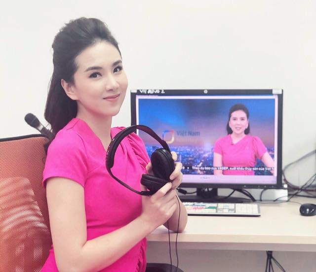 BST hồng chói lọi kén người mặc của BTV Mai Ngọc - ảnh 23