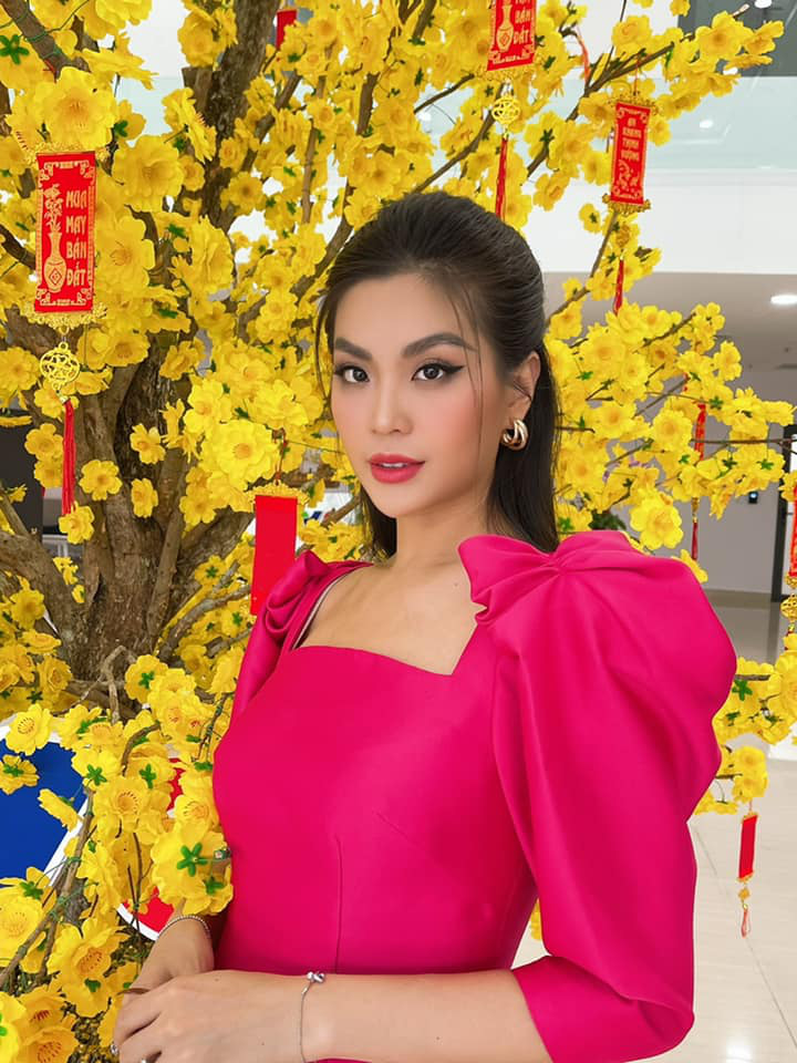 Đỗ Thị Hà và dàn Hoa hậu diện áo dài đầu xuân, ai cũng xinh đẹp ngút ngàn - Ảnh 12.