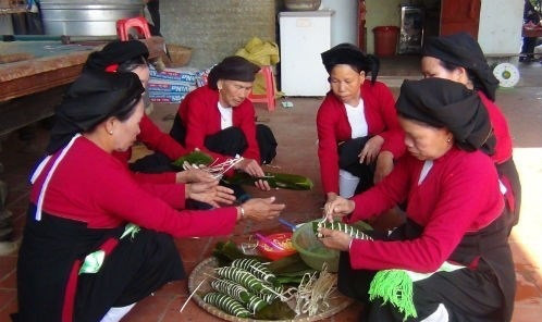 San Diu ethnic minority people in the northern province of Bac Giang prepare for Tet (Photo: VNA)
