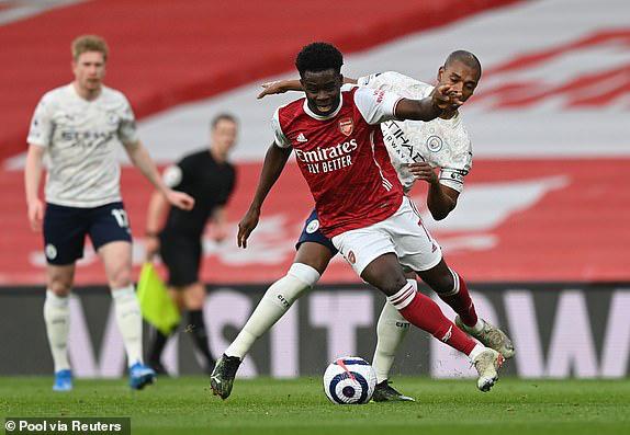Arsenal 0-1 Man City: Sterling lập công, Man City thắng trận thứ 13 liên tiếp - Ảnh 2.
