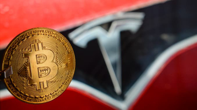 Tesla thu lời từ Bitcoin trong 1 tháng nhiều hơn tiền bán ô tô 1 năm - Ảnh 2.