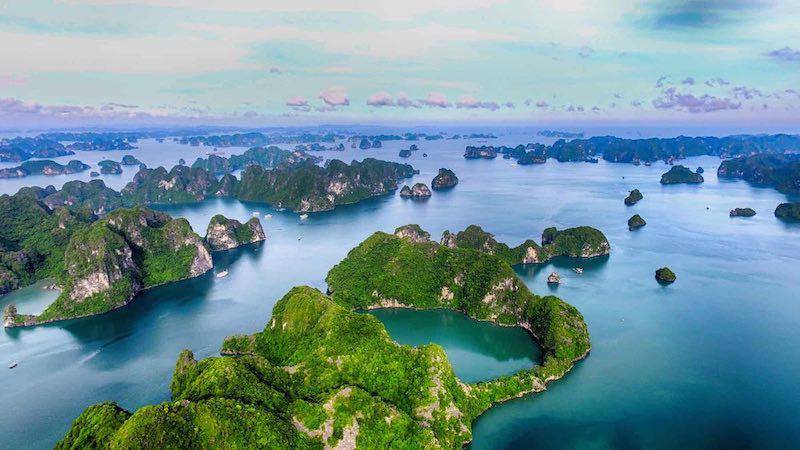 Ha Long Bay, Quang Ninh province. Photo: Bamboo Airways