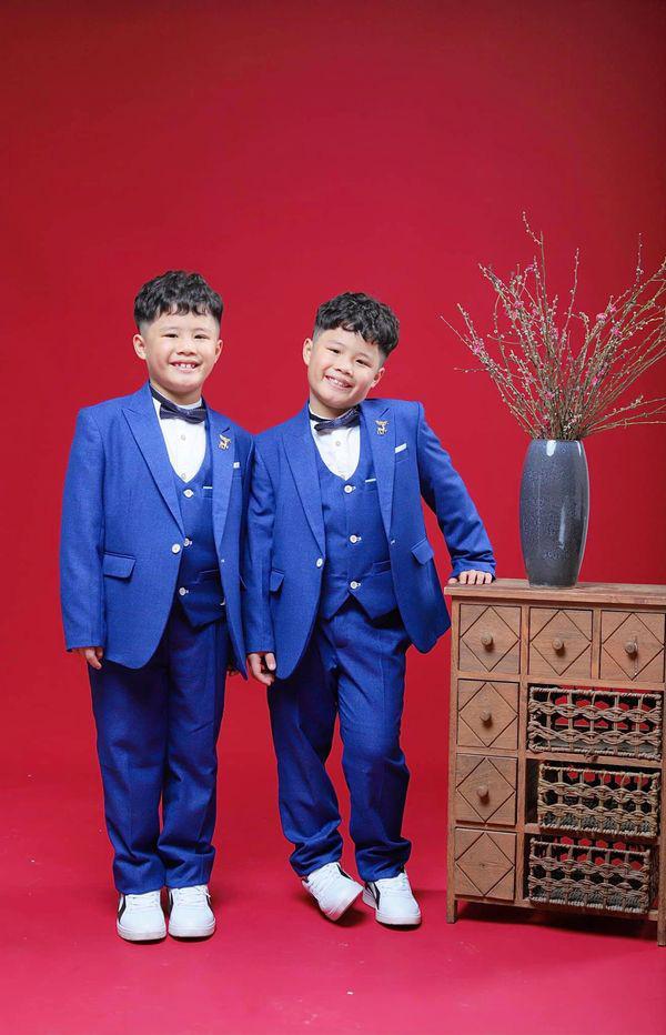 MC Hoàng Linh khoe bộ ảnh Tết bên đại gia đình - Ảnh 9.