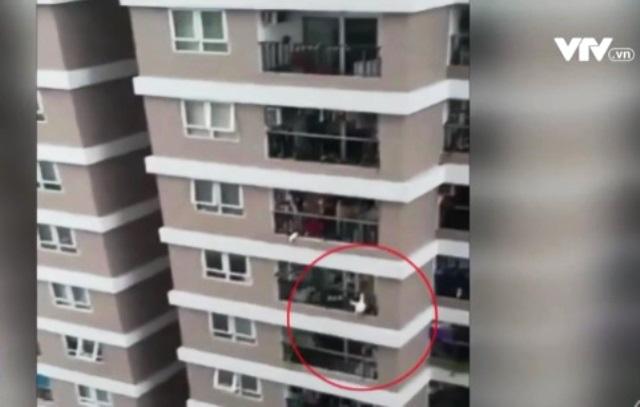Gặp gỡ người hùng cứu em bé rơi từ tầng 13 - Ảnh 1.