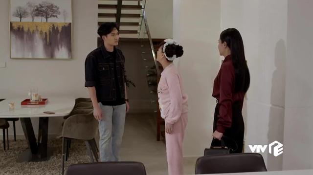 Hướng dương ngược nắng: Vân Dung thay Diễm Loan xin lỗi vì gây nên bi kịch sinh ra Minh - Trí cùng mẹ khác cha - Ảnh 2.