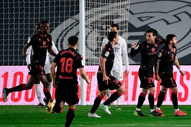 Real Madrid 1-1 Real Sociedad: 1 điểm nhọc nhằn của Real Madrid - Ảnh 1.