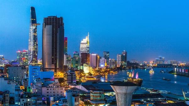 Số người siêu giàu tại Việt Nam suy giảm - ảnh 1