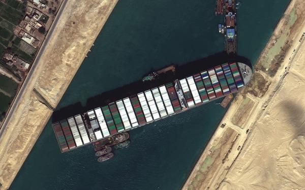 Ma trận ngành vận tải biển, ai đền bù thiệt hại cho vụ mắc kẹt siêu tàu Ever Given? - Ảnh 2.
