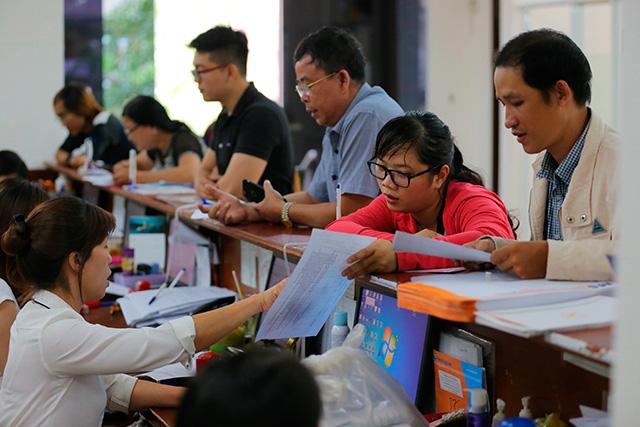 Tỷ lệ thất nghiệp của người di cư đến TP Hồ Chí Minh cao gấp 3 lần đến Hà Nội - ảnh 1