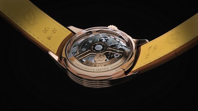 Đồng hồ đeo tay đính thương hiệu Bentley có giá bằng cả căn hộ chung cư - Ảnh 3.