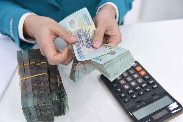 Sốt đất, chứng khoán, trái phiếu: NHNN nêu 10 yêu cầu cần làm ngay - ảnh 1