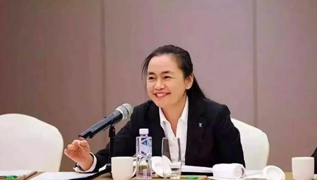 Khốc liệt cuộc cạnh tranh giành ngôi nữ tỷ phú giàu nhất Trung Quốc - Ảnh 3.