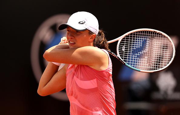 Iga Swiatek chạm trán Karolina Pliskova trong trận chung kết đơn nữ Italia mở rộng 2021 - Ảnh 1.