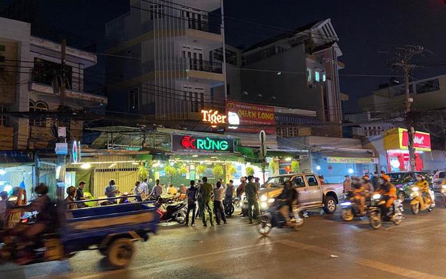 TP Hồ Chí Minh rút giấy phép kinh doanh cơ sở vi phạm chống dịch nhiều lần - Ảnh 1.