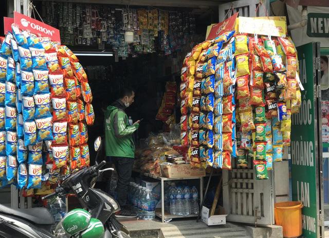 Giá hàng hóa nhấp nhổm, có loại tăng sốc: Chuyên gia nói về nỗi lo lạm phát - Ảnh 1.