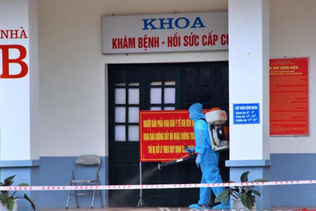 Lạng Sơn phong tỏa Bệnh viện Phổi - Ảnh 1.