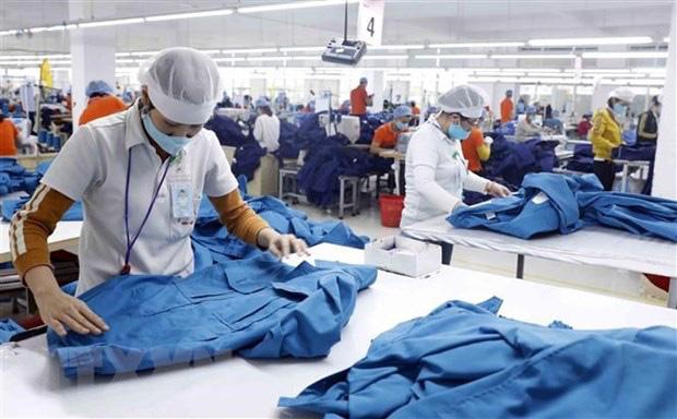 ADB dự báo kinh tế Việt Nam tăng trưởng mạnh mẽ và vững chắc - Ảnh 1.