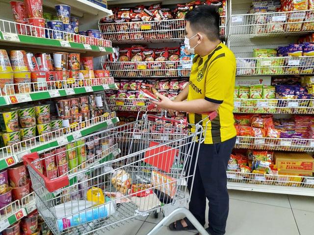 Hà Nội chuẩn bị 194.000 tỷ đồng hàng hóa đáp ứng nhu cầu chống dịch - Ảnh 1.