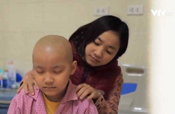 Những người mẹ phi thường của các bệnh nhi ung thư - Ảnh 1.