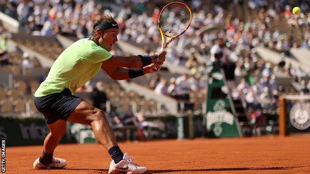 Vượt qua Schwartzman, Nadal có lần thứ 14 lọt vào bán kết Pháp mở rộng - Ảnh 2.