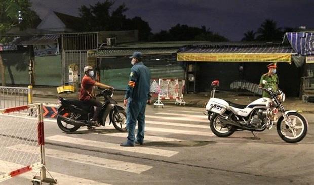 Hàng loạt chuỗi lây nhiễm SARS-CoV-2 tại TP Hồ Chí Minh - Ảnh 1.