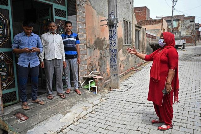 Ấn Độ ưu đãi như thế nào để người dân tiêm vaccine COVID-19? - Ảnh 1.