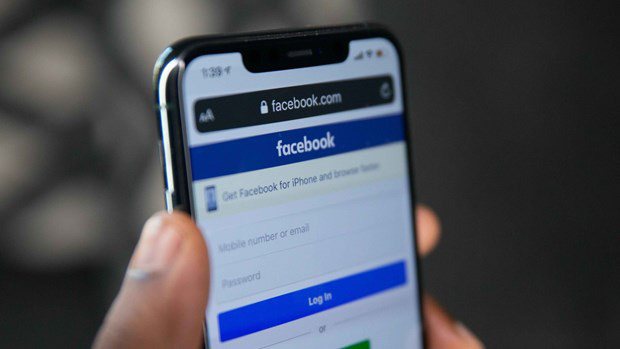 Nên sử dụng họ tên thật trên mạng xã hội, không đăng tin xúc phạm danh dự, nhân phẩm người khác - Ảnh 1.