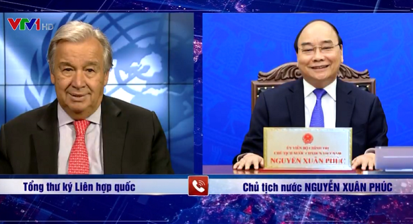 Chủ tịch nước Nguyễn Xuân Phúc điện đàm chúc mừng Tổng Thư ký Liên Hợp Quốc - Ảnh 1.
