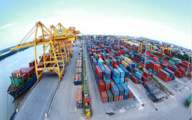 Doanh nghiệp khó chồng khó nếu bị thu thêm phí hạ tầng cảng biển - ảnh 1