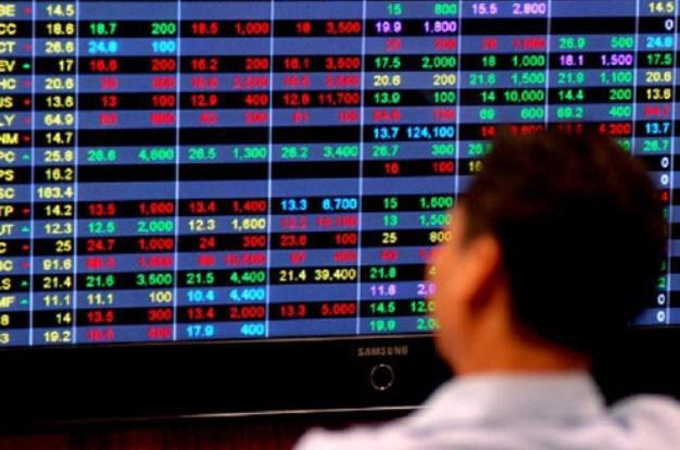 Áp lực bán dâng cao, VN-Index quay đầu giảm - ảnh 1