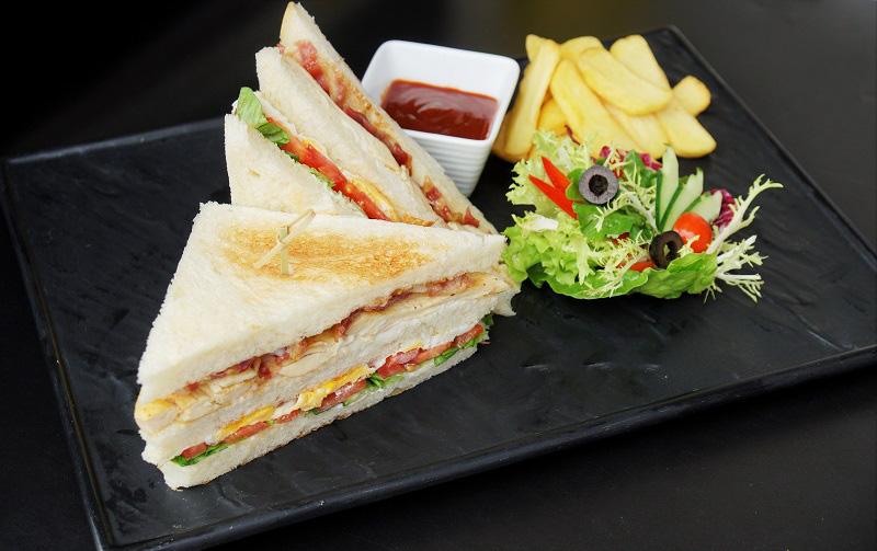Sheraton Hanoi Club Sandwich. Photo: Sheraton Hanoi Hotel