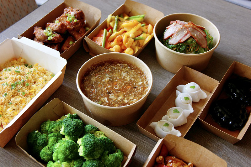 The set of Chinese scrumptious dishes for four people is provided by Pan Pacific Hanoi. Photo courtesy of the hotel