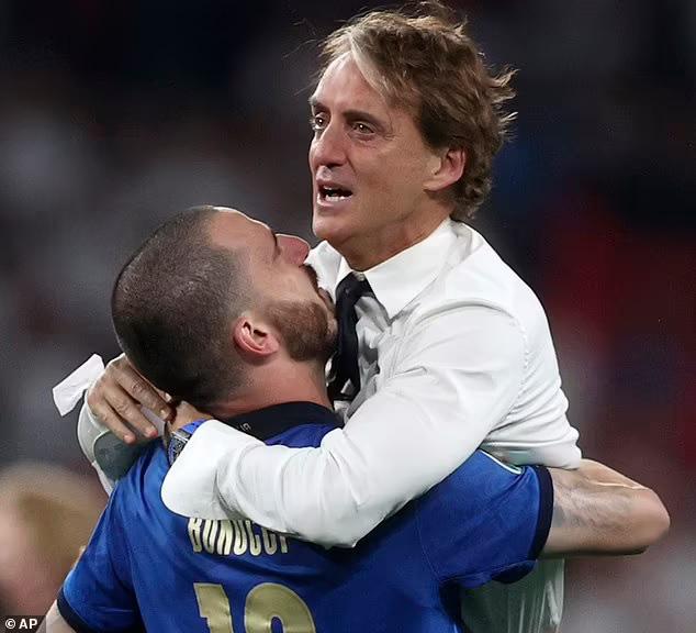 HLV Mancini nói gì sau chức vô địch với ĐT Italia? - Ảnh 2.