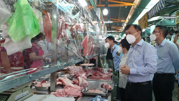 Bộ Công Thương đề nghị TP Hồ Chí Minh nghiên cứu sớm mở thêm chợ truyền thống - ảnh 1