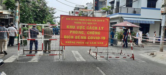 Phó Bí thư Thường trực Thành ủy TPHCM Phan Văn Mãi: Quyết liệt giãn cách, nhưng cũng chuẩn bị tâm thế cho tình huống xấu hơn - Ảnh 2.