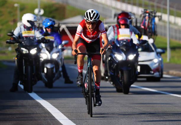 Olympic Tokyo   Tay đua nghiệp dư bất ngờ giành HCV môn đua xe đạp  - Ảnh 1.