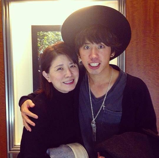 Ca sĩ Nhật Bản Masako Mori phủ nhận tin đồn hẹn hò với người hâm mộ - Ảnh 1.