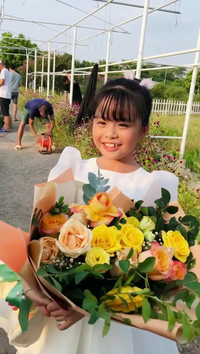 Hé lộ hình ảnh Đồng bảnh như chú rể ở hậu trường Mùa hoa tìm lại - Ảnh 2.