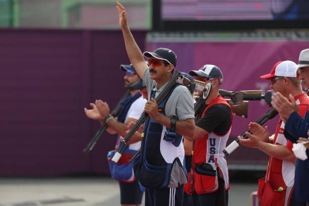 VĐV cao tuổi nhất giành huy chương tại Olympic Tokyo - Ảnh 1.