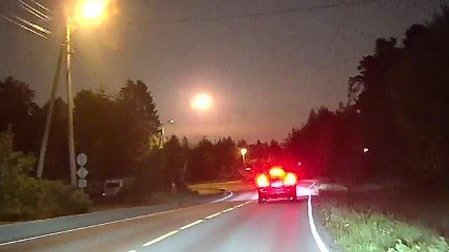 Cận cảnh, thiên thạch phát nổ sáng rực bầu trời ở Na Uy - ảnh 3
