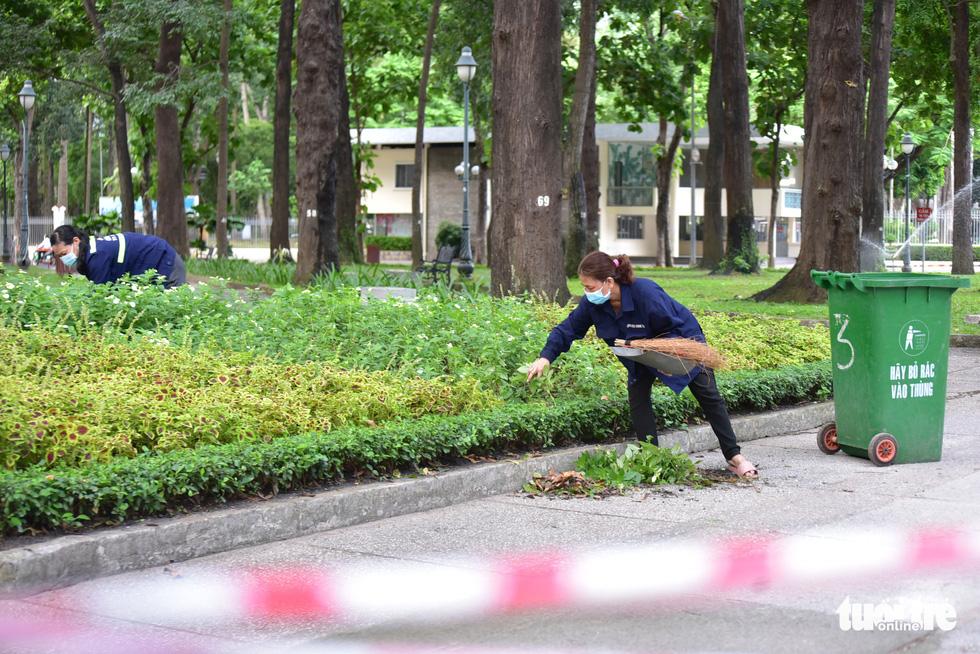 TP Hồ Chí Minh đường thông, hè thoáng ngày đầu giãn cách xã hội - Ảnh 16.