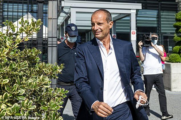 Juventus gặp khó ở thương vụ Manuel Locatelli - Ảnh 1.