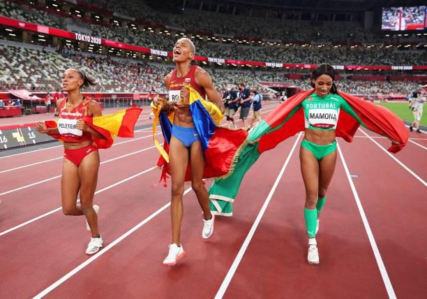 Olympic Tokyo 2020   VĐV điền kinh Venezuela phá kỷ lục Thế giới nội dung nhảy 3 bước nữ - Ảnh 5.