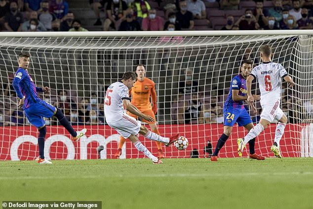 Lewandowski lập cú đúp, Bayern thắng dễ Barca ngay tại Camp Nou - Ảnh 2.
