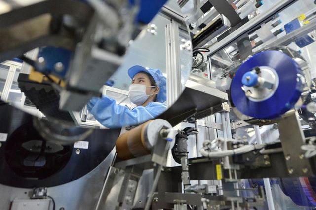 ADB dự báo GDP Việt Nam 2021 tăng trưởng 3,8% - ảnh 2