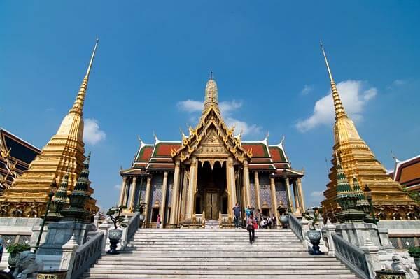Chiêm ngưỡng 10 cung điện lỗng lẫy nhất thế giới - Ảnh 3.
